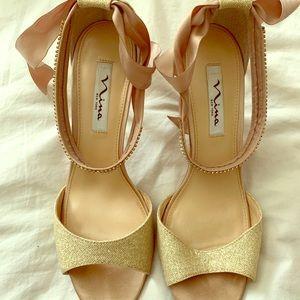 Nina bow sandals